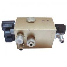 108-139-3 Блок гидравлический клапанов подъемника, фото 1